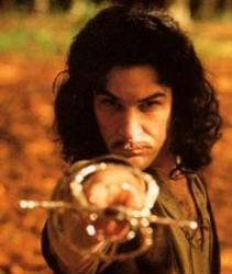 """""""Soy Íñigo Montoya y tú mataste a mi padre.  ¡Prepárate a morir!"""". Mítica frase de Íñigo Montoya (Mandy Patinkin) en """"La princesa prometida"""" de William Goldman.  Un cuento de princesas para adultos. Imagen: http://paedebaladre.blogspot.com.es"""