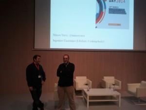 Presentación de la onencia de Marcos Yarza (izquierda)